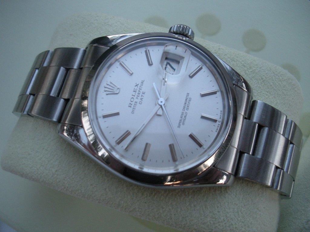 Rolex Oyster Perpetual Date ref. 15000