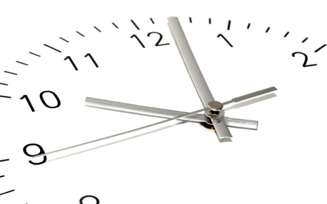 ¿Qué significan am y pm en el reloj?