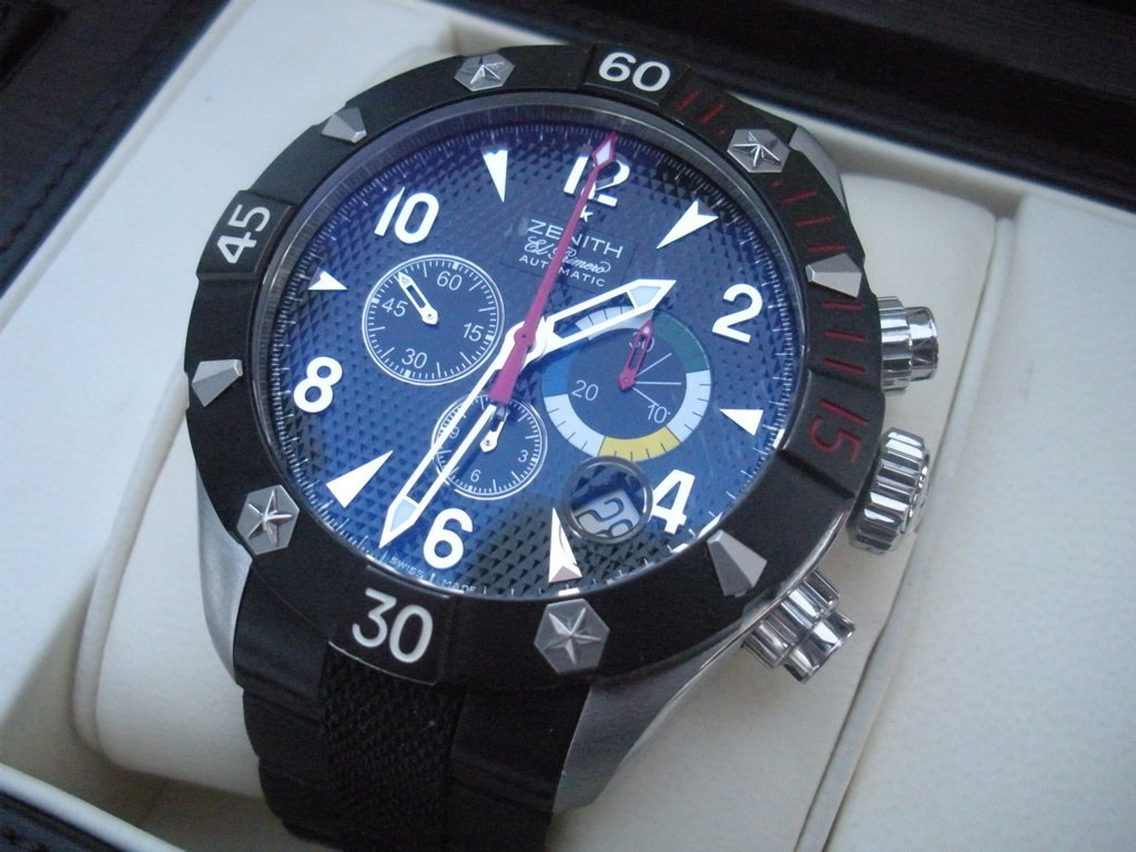 Zenith Defy Classic Chronograph Aero ref. 03.0516.4000/21.R642