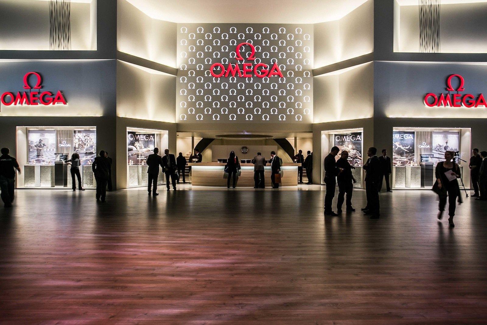 OMEGA da la bienvenida a los visitantes de Baselworld 2013