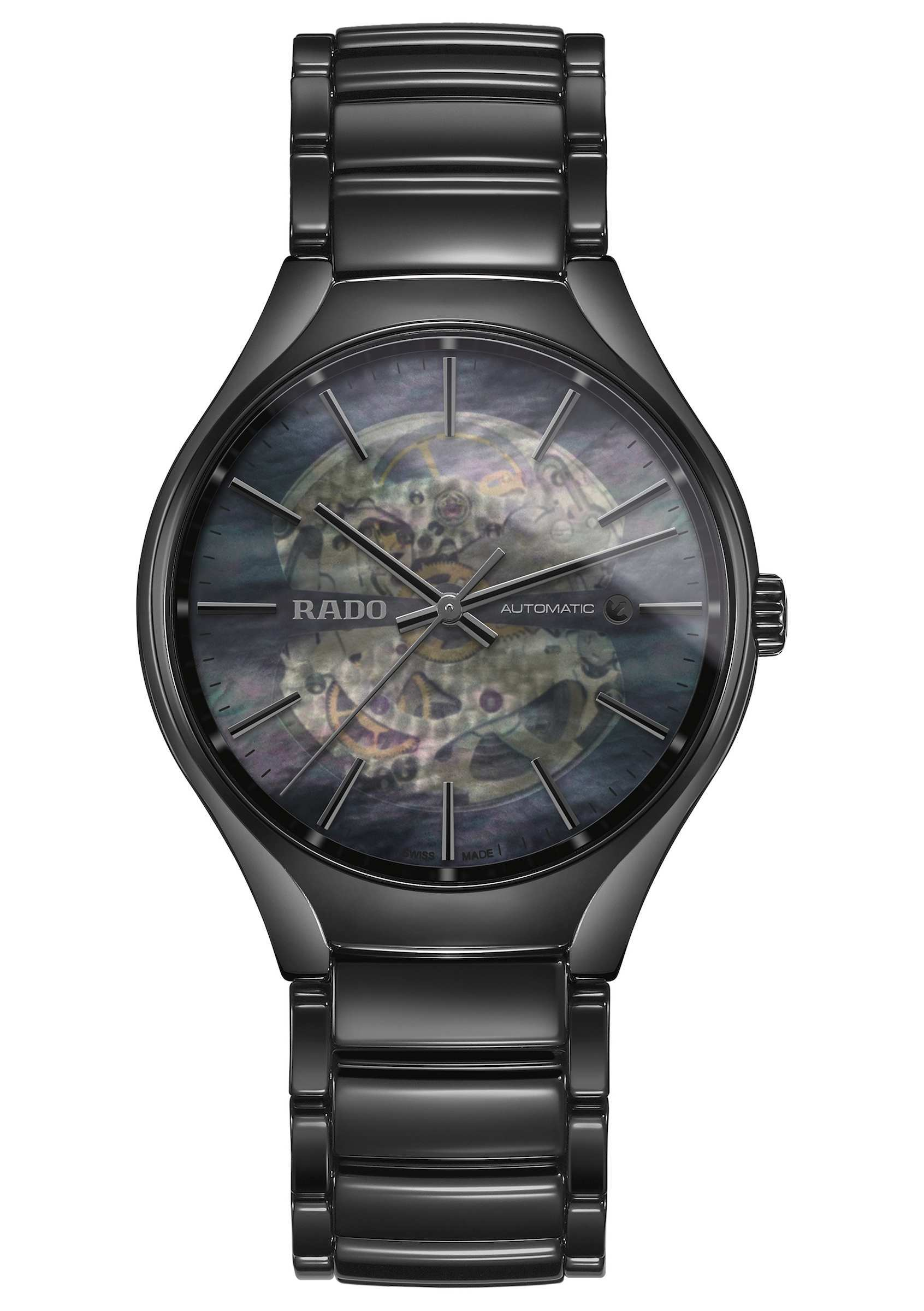 Flote por el tiempo y el espacio.Rado presenta dos nuevos relojes inspirados en la liviandad