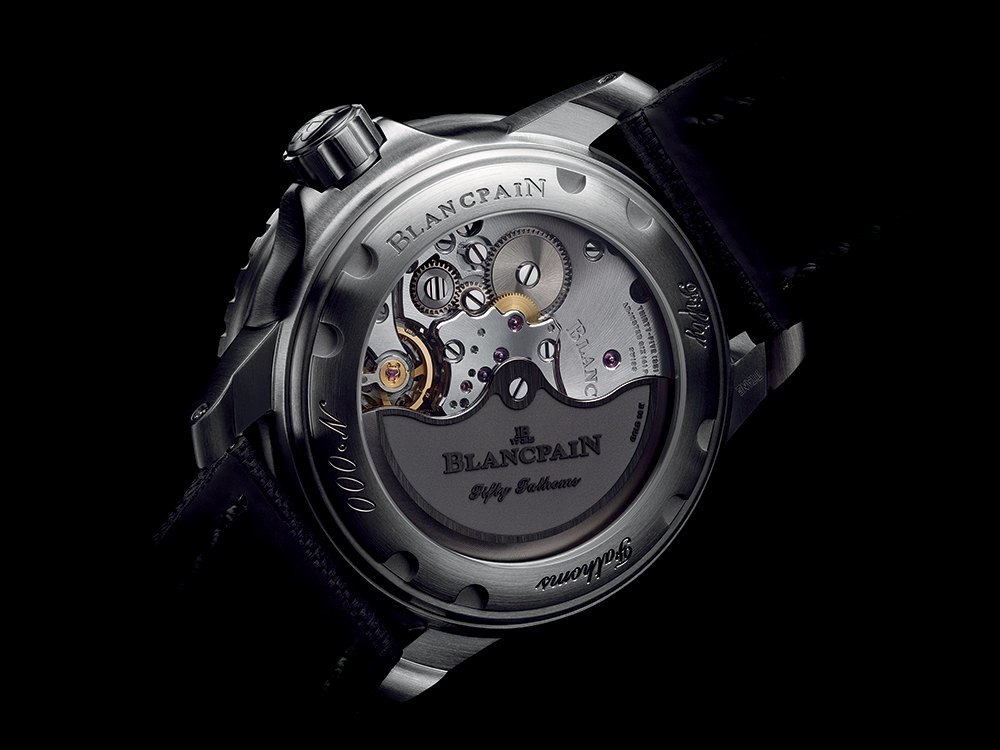 Blancpain Fifty Fathoms Automatique 5015-12B30-B52A_PR_back_HD