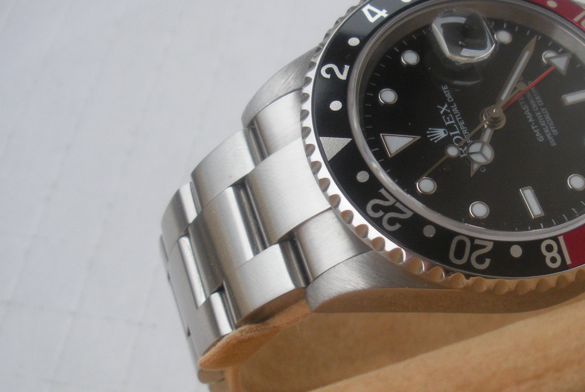 Rolex GMT Master II 16710T pulido asas 2