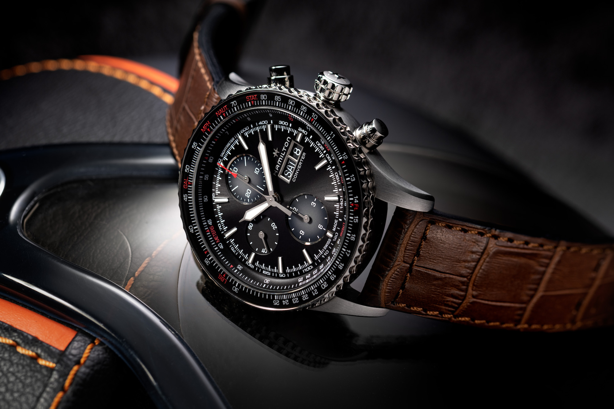 Hamilton Khaki Aviation Converter_H76726530_Lifestyle4