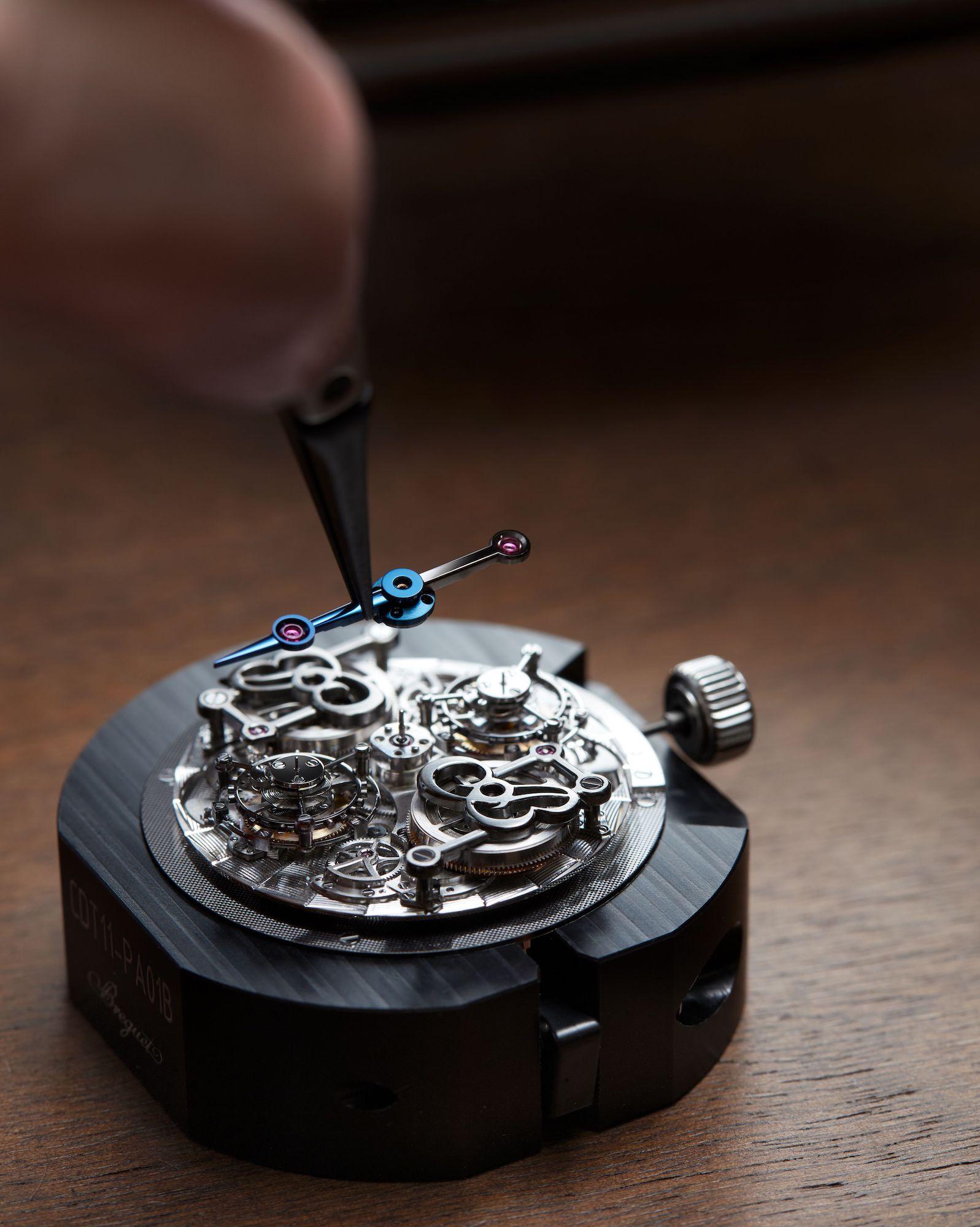 Breguet Classique Double Tourbillon Quai de l'Horloge 5345 detalle agujas