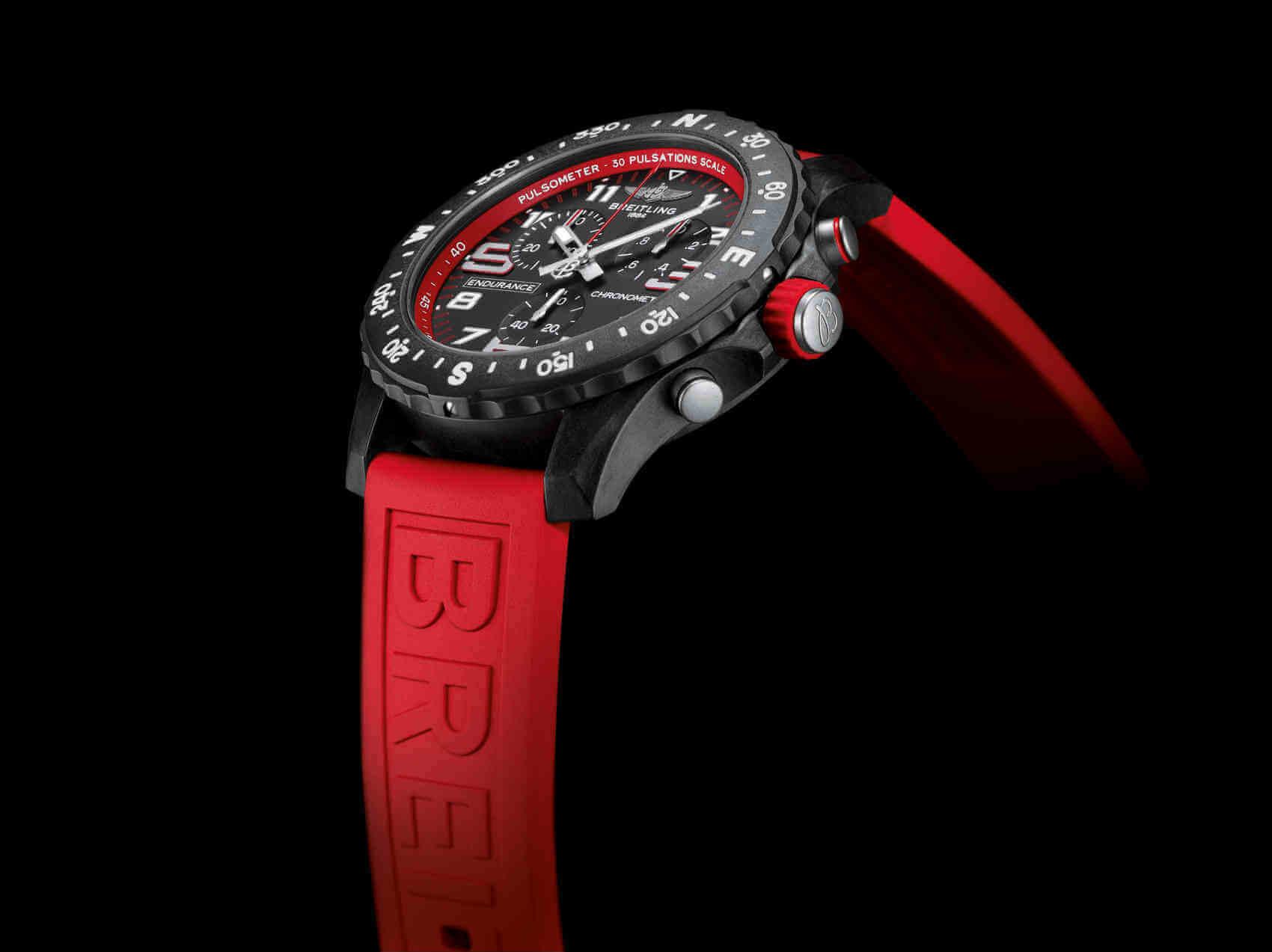 Breitling Endurance Pro rojo lifestyle