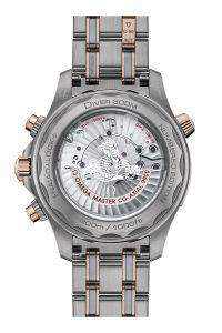 Omega Seamaster Diver 300M Chronograph oro titanio tantalio 210.60.44.51.03.001 detalle trasera