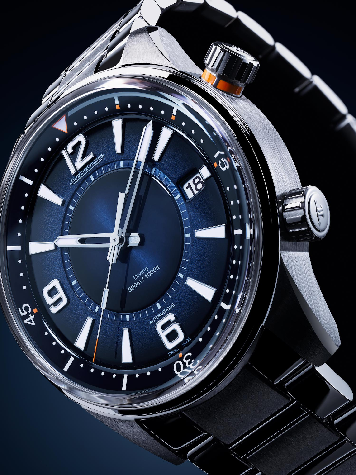 Jaeger-LeCoultre Polaris Mariner Date 9068180 lifestyle