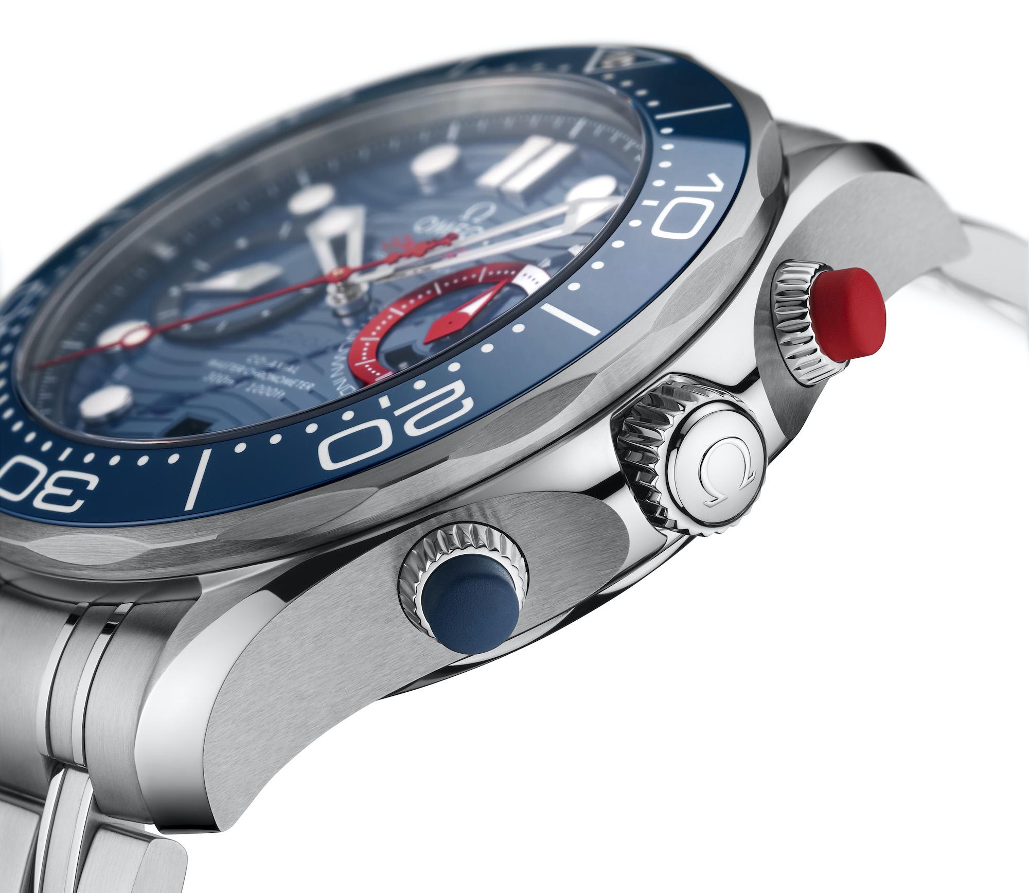 Omega Seamaster Diver 300M Americas Cup Chronograph 210.30.44.51.03.002 Detalle pulsadores cronógrafo