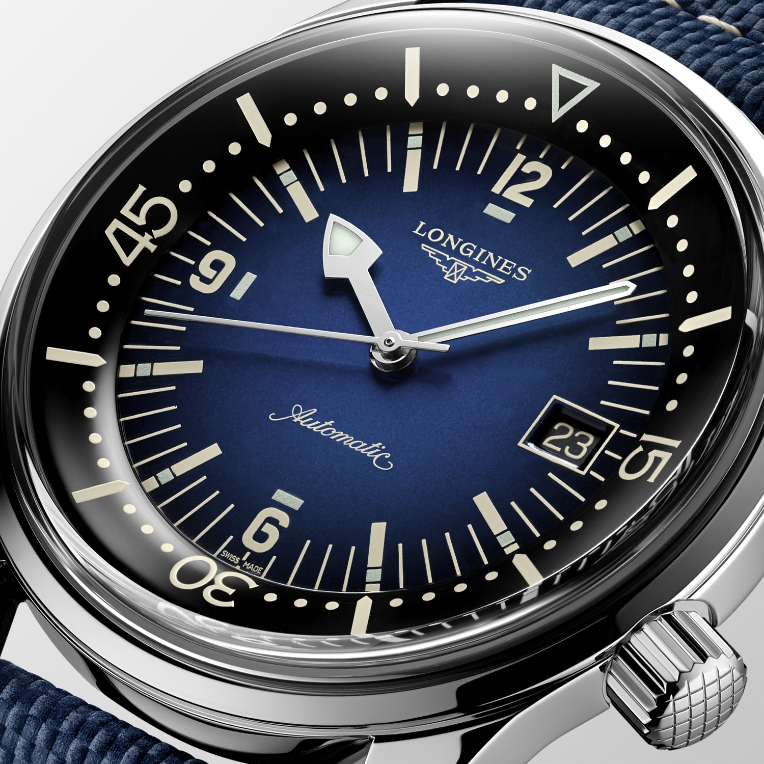 The Longines Legend Diver Watch Azul L3.774.4.90.2 Detalle Esfera