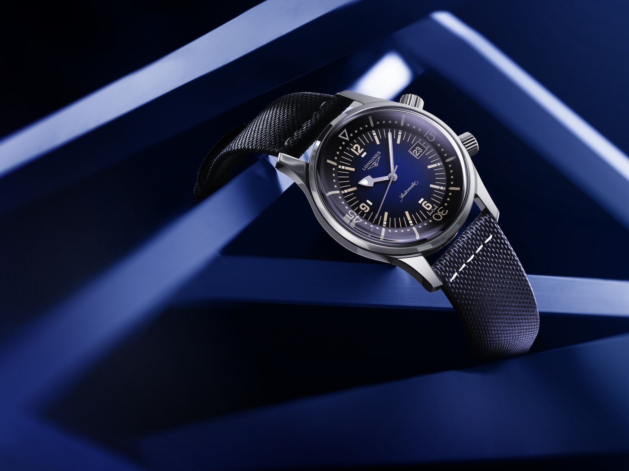 The Longines Legend Diver Watch Azul L3.774.4.90.2 Lifestyle