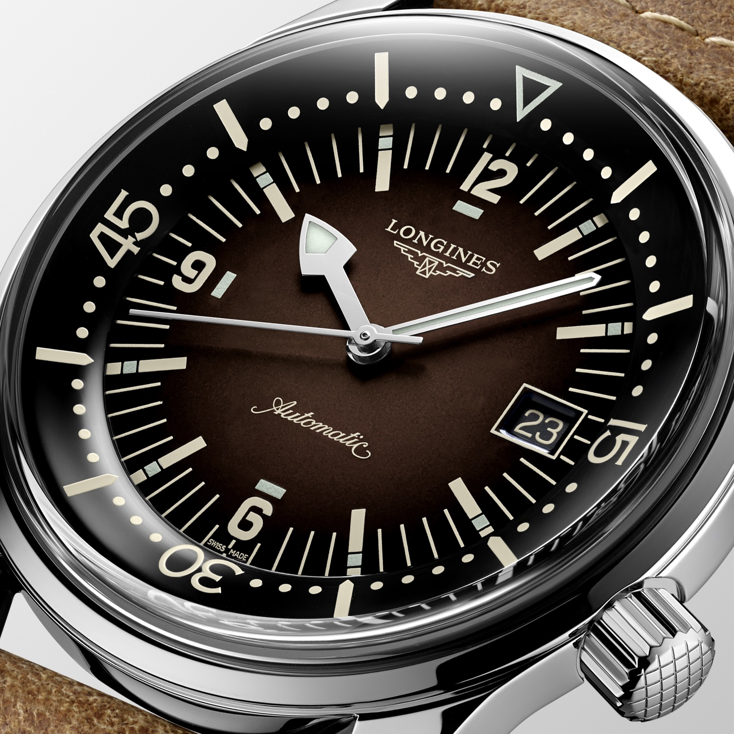 The Longines Legend Diver Watch Marrón L3.774.4.60.2 Detalle Esfera