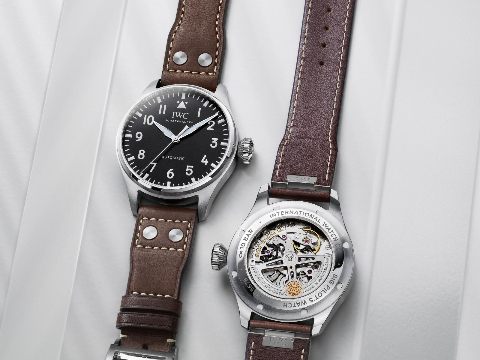 IWC Big Pilot Watch 43 IW329301 Lifestyle Frontal y trasera
