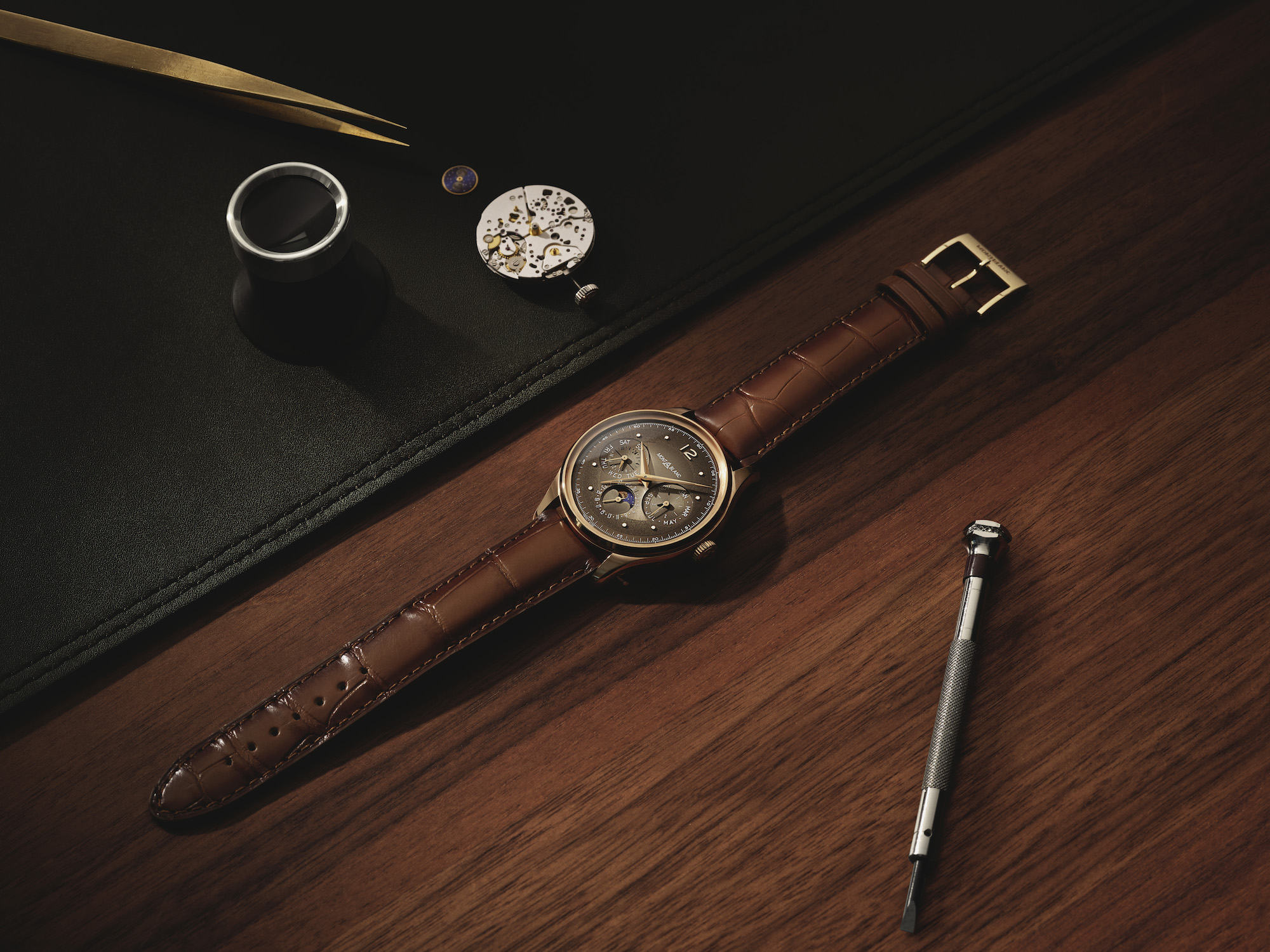 Montblanc Heritage Perpetual Calendar Limited edition 100 y calibre Lifestyle