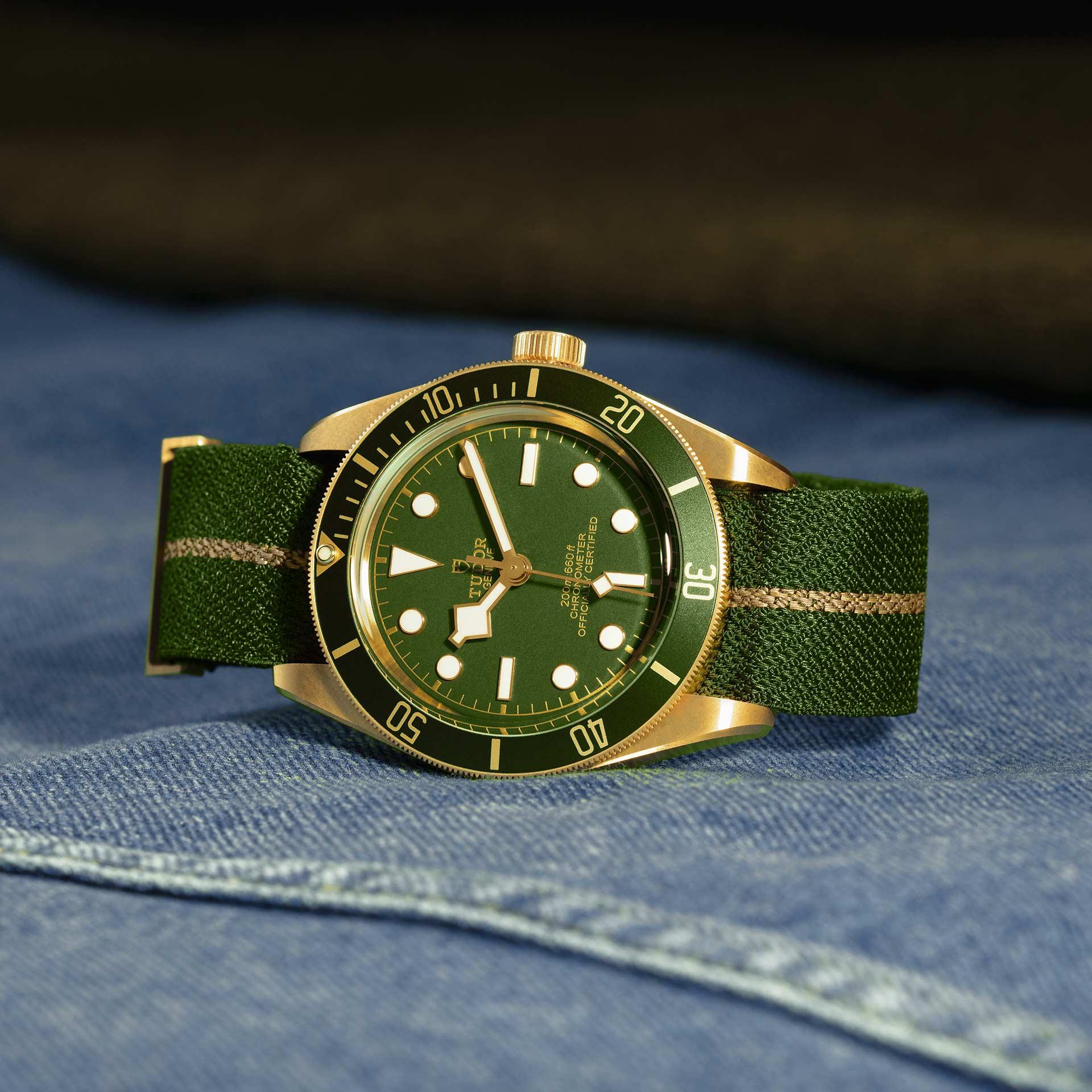 Tudor Black Bay Fifty-Eight 18K M79018V-0001 Lifestyle correa complementaria