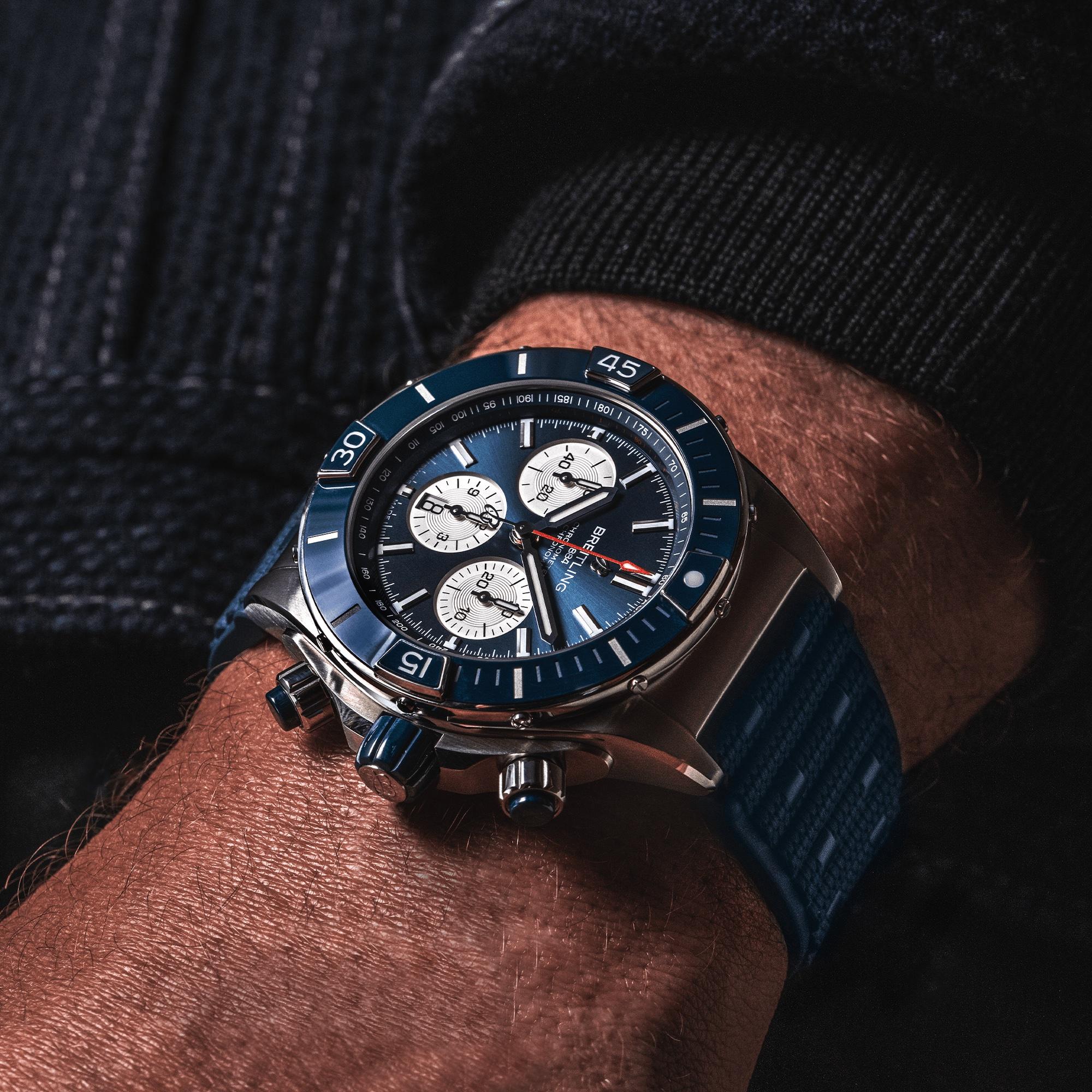 Breitling Super Chronomat B01 44 AB0136161C1S1 Lifestyle wristshot