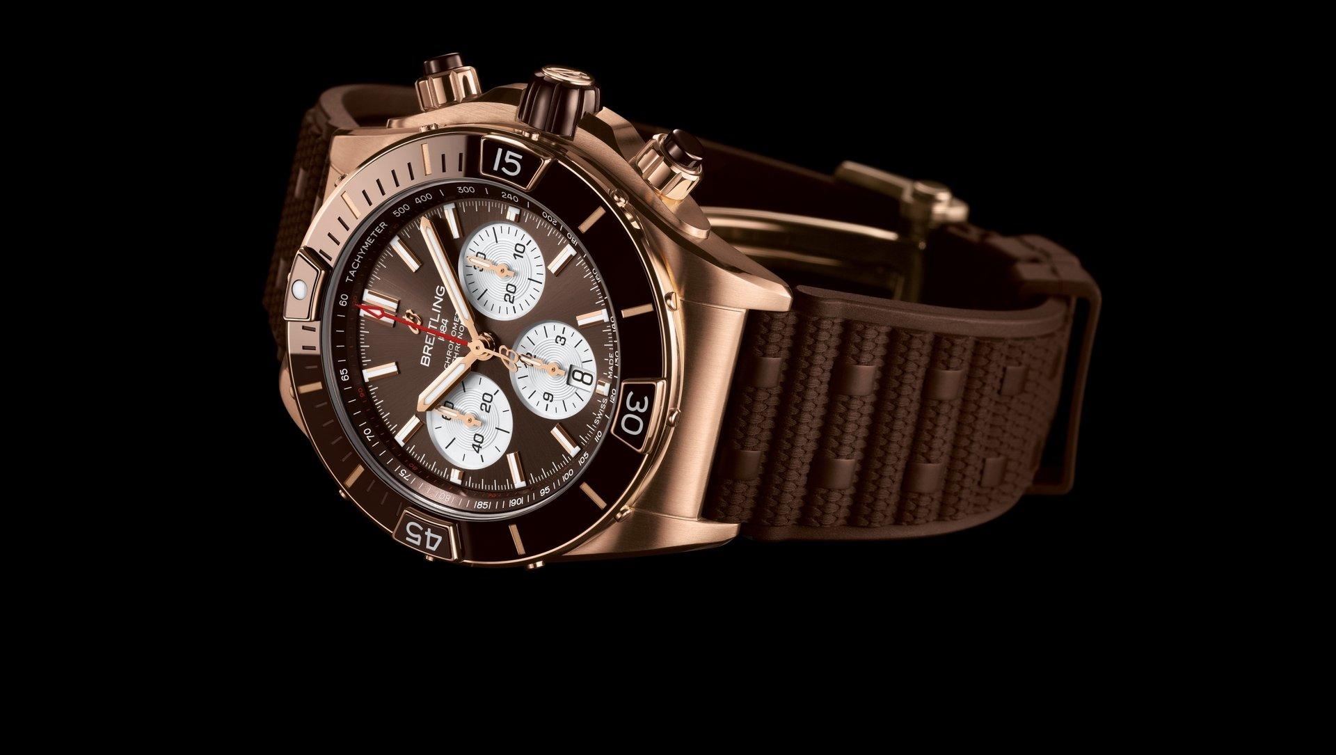 Breitling Super Chronomat B01 44 RB0136E31Q1S1 Detalle