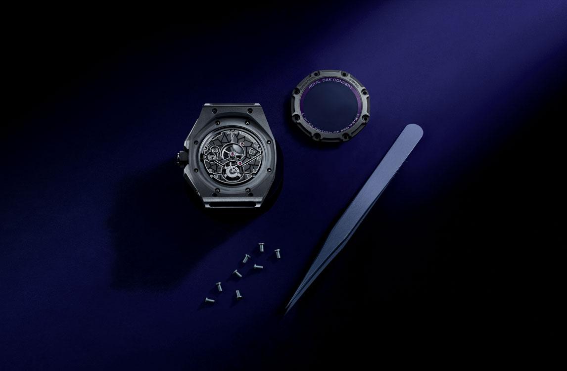 Audemars Piguet Royal Oak Concept Black Panther Flying Tourbillon 26620IO.OO.D077CA.01 Montaje tapa