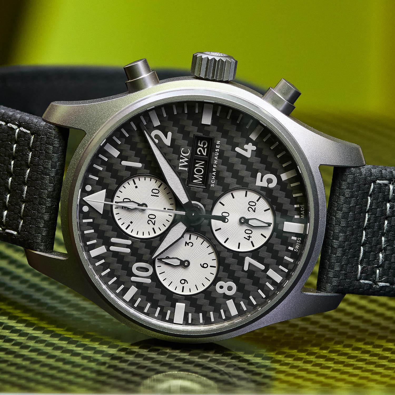 IWC Pilot's Watch Chronograph Edition AMG IW377903 Lifestyle detalle