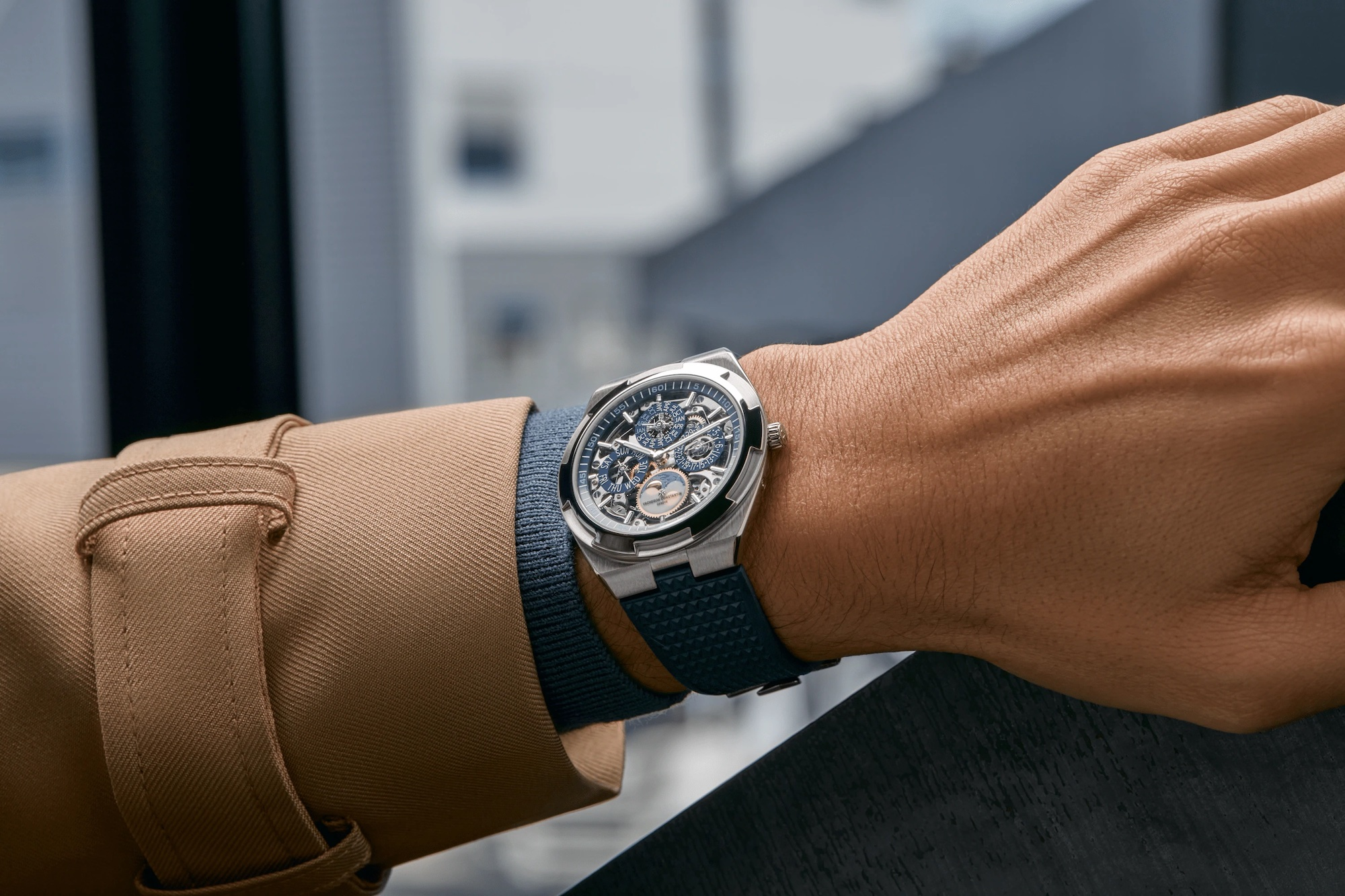 Vacheron Constantin Overseas Perpetual Calendar Ultra-thin Skeleton 4300V:120G-B946 Lifestyle wristshot