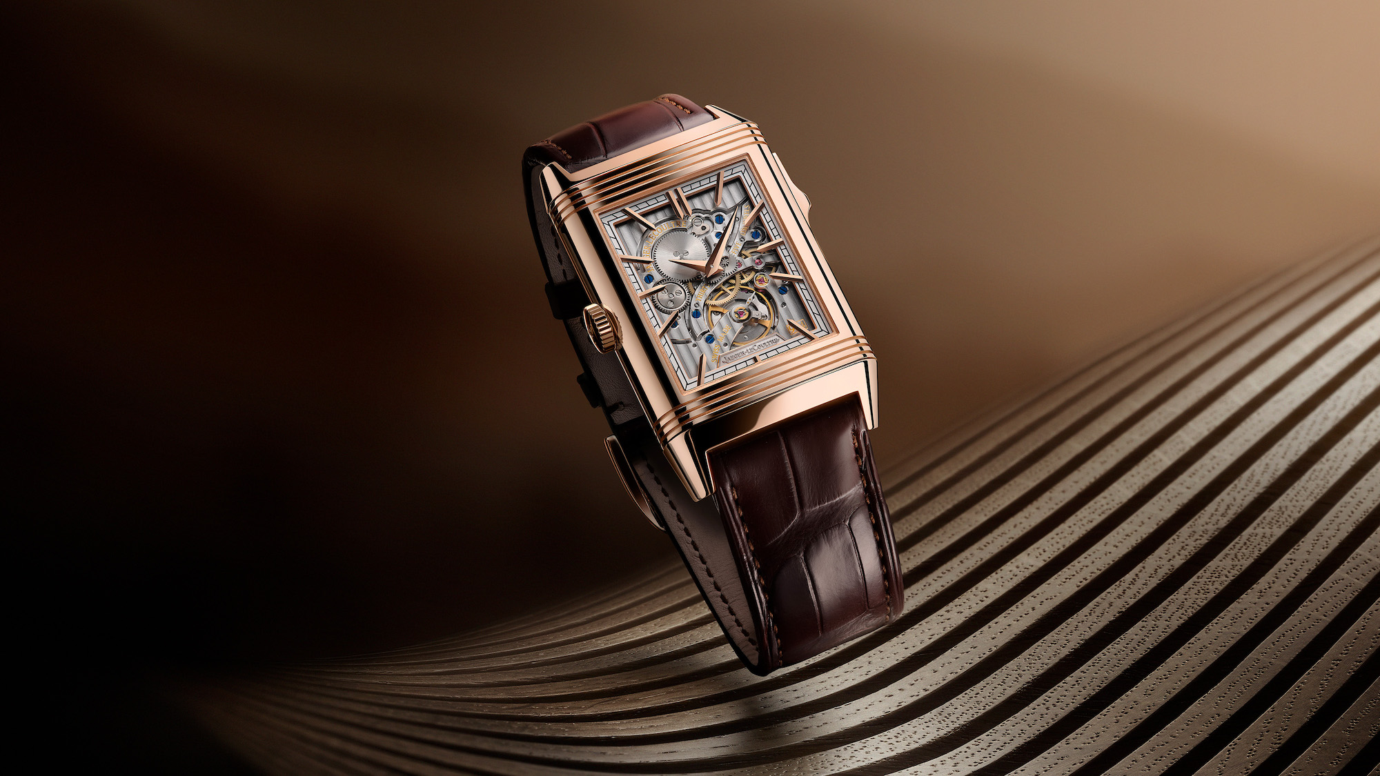 Jaeger-LeCoultre Reverso Tribute Minute Repeater Lifestyle verso