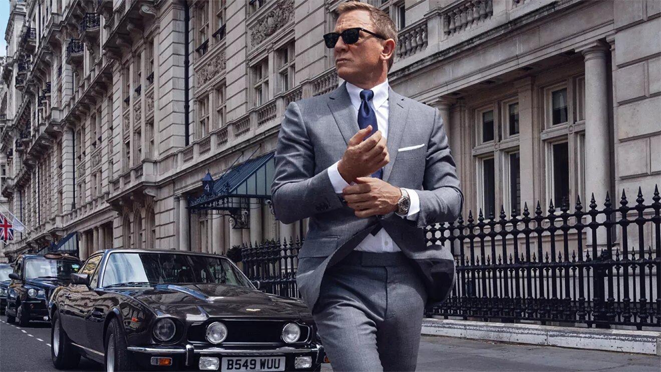 Omega No Time To Die y Aston Martin V8 Vantage - Daniel Craig