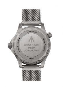 Omega Seamaster Diver 300M Co-Axial Master Chronometer 42 mm 210.90.42.20.01.001 Trasera