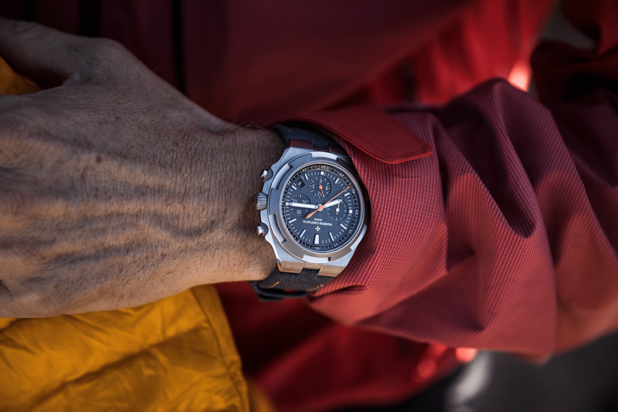Vacheron Constantin Overseas Chronograph Everest 5510V:000T-B923 LIfestyle wristshot
