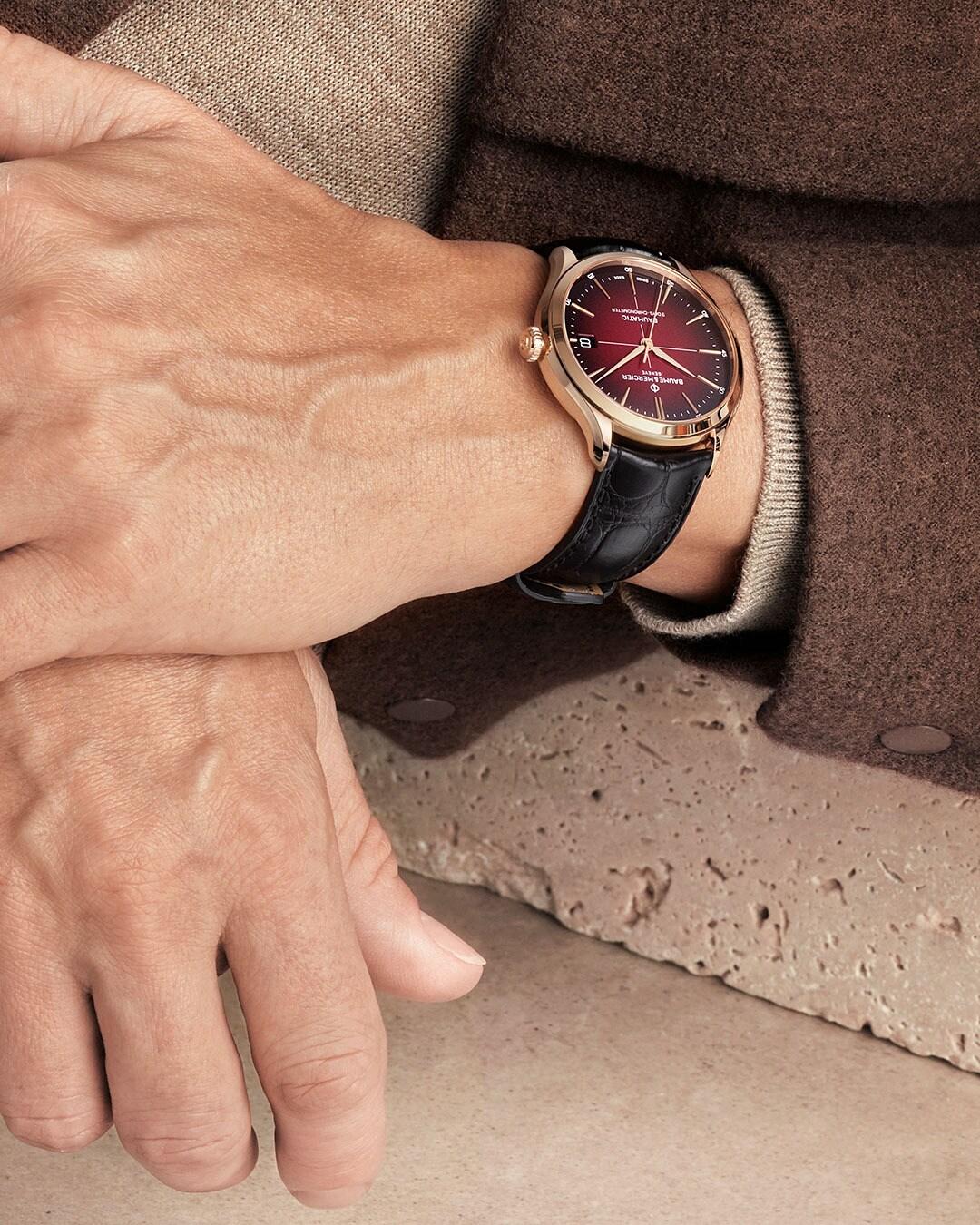 Baume et Mercier Clifton Baumatic 10591 Lifestyle wristshot