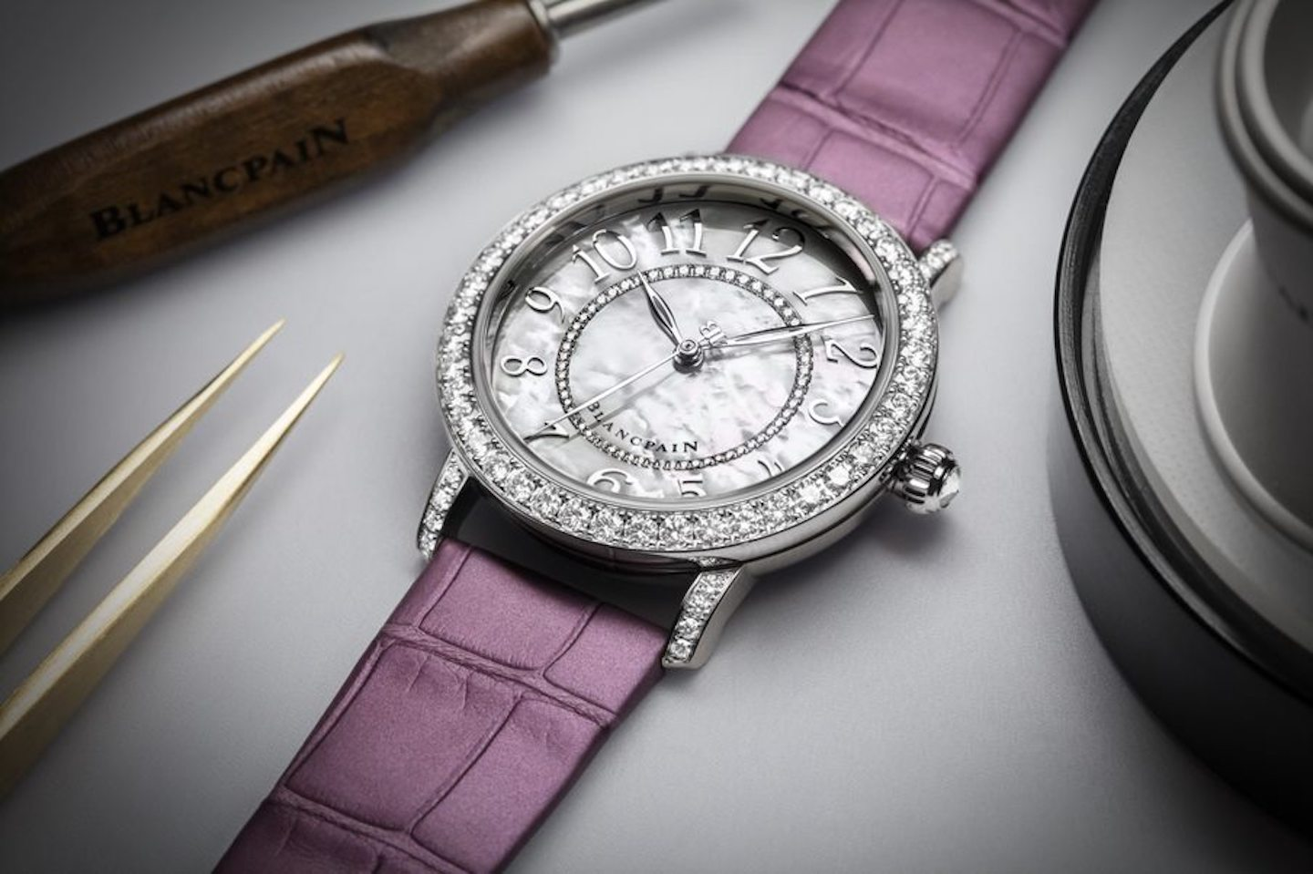 Blancpain Ladybird Colors 3660 1954 V55A Lifestyle